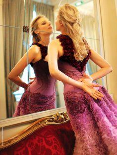 Diane Kruger in Atelier Versace S/S 2011