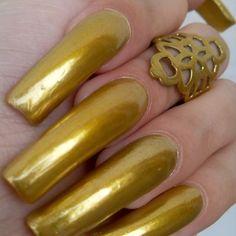 Long Red Nails, Nail Garden, Secret Nails, Golden Nails, Sharp Nails, Nail Polish Hacks, Artificial Nails, Perfect Nails, Long Tops