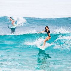@maineikinimaka and @monycaeleogram cruising through the last of the week #WildAloha via ✨ @padgram ✨(http://dl.padgram.com)