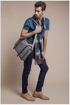NAJHA LIMA. Saiba mais em www.najha.com # facebook# instagram # modaemcortiça # fashion # cork#
