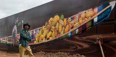 Si nombre d'artistes sont en quête de visibilité, le Brésilien Eduardo Kobra a atteint pleinement son objectif, au sens propre du terme: il est en train de peindre «le plus grand graffiti au monde», d'une superficie de près de 6.000 mètres carrés.  L'oeuvre monumentale de ce graffeur de 41 ans est visible sur la façade d'une usine de chocolat au bord d'une voie rapide de Sao Paulo. Comme ce mur-là n'était pas suffisant, il a décidé de déborder sur les autres parois qui composent le bâtiment.