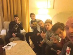 1D Updates @1DLittleSecret   #New the boys in Cannes today 14.12.13