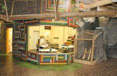 Geburtstagsparty im Treffpunkt Baumhaus im G3 auf sunny.at Loft, Furniture, Home Decor, Amusement Parks, Tree Houses, Unique, Decoration Home, Room Decor, Lofts