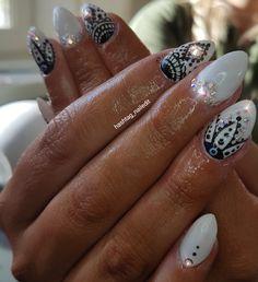 #inspired #nailart #gelnailsdesign #gelnails #sculpted #acrylicnails #nailswag #handpainted #nailsofpintrest #nailedit #nailsoftheday #nails