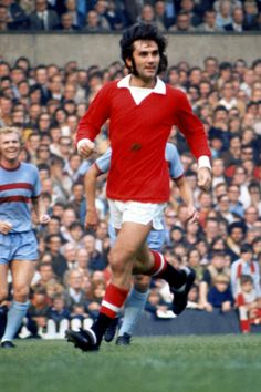George Best, 1971/72. Source: TheScore