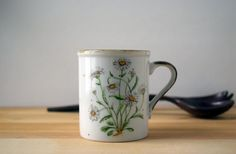 70s Stoneware Mug Rustic Kitchen Daisy Floral Speckled Pottery Succulent Planter Herb Garden