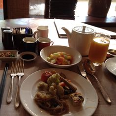 Breakfast@The Peninsula Manila.