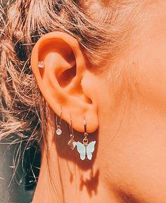 Pretty Ear Piercings, Ear Peircings, Multiple Ear Piercings, Ear Jewelry, Cute Jewelry, Jewelery, Body Jewelry, Bijoux Piercing Septum, Cartilage Piercings