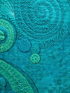 back of Claudia Pfeil quilt Fern Rising, featured on The Secret Life of Mrs. Meatloaf blog