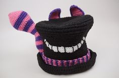 Crochet Hats Patterns Alice in Wonderland Crochet Top Hat Gallery - The Crochet Crowd had a contest for the best Alice in Wonderland Crochet Hat. Nearly 350 hats were received. These are most of the entries. Black Crochet Dress, Love Crochet, Diy Crochet, Crochet Crafts, Crochet Baby, Crochet Tops, Crochet Projects, Halloween Crochet, Holiday Crochet
