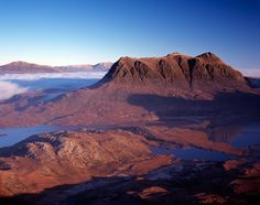 Cul-Mor-from-Stac-Pollaidh-Copyright-Michael-Stirling-Aird-2007.jpg (640×505)