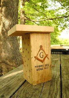 Masonic Lodge! Get it? Mason Bee… Mason Lodge! Love the creativity. Design By Sara Boggs.   www.folkschool.org