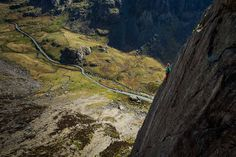 Climbing in the UK. LITHOGRAPHICA – An e-Journal from Arc'teryx // Issue No. 8