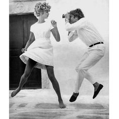 In 1967 Richard Avedon photographed Jean Shrimpton and Jeanloup Sieff in Santorini and Mykonos, Greece.