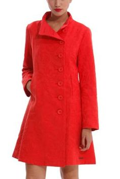 Desigual women's Elisabeth coat is completely plain with a jacquard print that covers the whole garment. Featuring a lightly flared hem and side pockets.