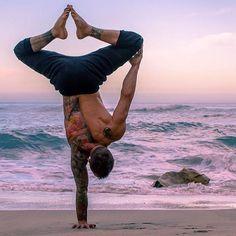 Extreme yoga for men #yogapose #advancedyoga #extremeyoga #yogaformen #yoga