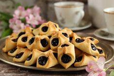 ...konyhán innen - kerten túl...: Barátfüle Mini Cupcakes, Waffles, Mango, Muffin, Sweets, Breakfast, Basket, Oven, Manga