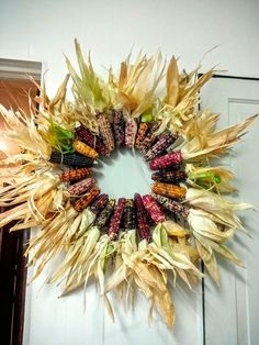 30 Fall Wreaths Ideas With Corn And Corn Husk for Door Indian Corn Wreath, Corn Husk Wreath, Fall Wreaths, Christmas Wreaths, Thanksgiving Wreaths, Thanksgiving Ideas, Glass Gem Corn, Corn Plant, Fall Door Decorations