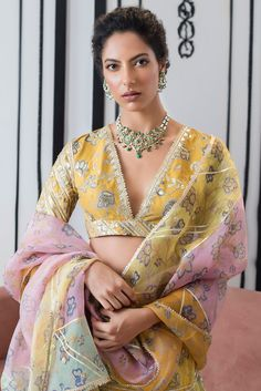 Lehenga Designs, Kurta Designs, Blouse Designs, Indian Attire, Indian Wear, Indian Dresses, Indian Outfits, Lehenga Choli, Sarees