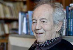 Unermüdlich: Schauspieler und Regisseur Otto Schenk feiert am Freitag, 12. Juni 2015, seinen 85. Geburtstag auf der Bühne der Wiener Stadthalle - wo sonst? Mehr Bilder des Tages auf: http://www.nachrichten.at/nachrichten/bilder_des_tages/ (Bild: APA/Herbert Neubauer)