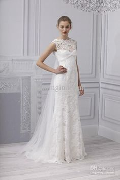 three current trends here: corset bodice, modern lace overlay, and short wedding dress - Monique Lhuillier, spring 2013 Lace Wedding Dress, Wedding Dress Trends, Wedding Dress Styles, Bridal Dresses, Wedding Gowns, Wedding App, Dress Lace, Summer Wedding, Bustier Dress