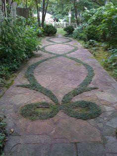 I love this eloquent garden path!!!
