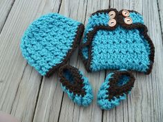 "free crochet patter for baby hat, diaper cover, and booties by ""designs by diligence"""