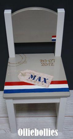 #geboortestoeltje nav geboortekaartje www.olliebollies.nl Baby Shower Gifts, Baby Gifts, Painted Chairs, All Kids, Kidsroom, Baby Fever, Holland, Diy Crafts, Children