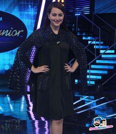 Phantom Promotion on Indian Idol Junior -- Sonakshi Sinha Picture # 314568