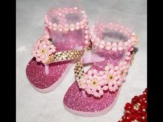 Neira Gracy shared a video Baby Girl Toys, Baby Boy Shoes, Toys For Girls, Beaded Shoes, Beaded Sandals, Flip Flop Craft, Disney Princess Hairstyles, Baby Bling, Beads And Wire