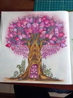 Floresta Encantada/Arvore/Johanna Basford
