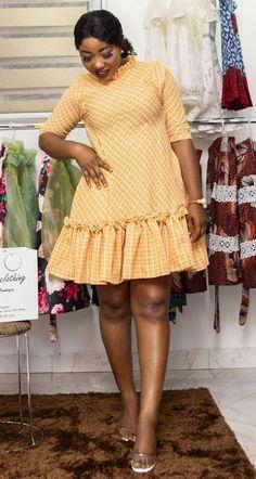 Short African Dresses, African Fashion Dresses, Fashion Outfits, African Attire, African Wear, Classy Dress, Classy Outfits, Lace Gown Styles, Fashion Tips For Girls