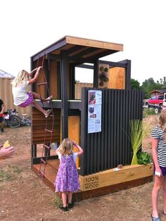 This type of play area could be done with pallets and a few other things. Need something like this outside for the kiddos.