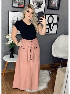 Floratta Modas - Moda Evangélica - A loja da mulher virtuosa - outfit - Modest Wear, Modest Outfits, Casual Dresses, Casual Outfits, Nigerian Dress Styles, Curvy Girl Outfits, Plus Size Outfits, Fashion Pants, Women's Fashion Dresses