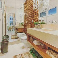 Nada com ter espelho no lavabo!! 😍😍 @construindominhacasaclean Veja + no www.construindominhacasaclean.com📌 Se você precisa de ajuda para decorar algum ambiente, solicite uma consultoria online com 3D pelo meu e-mail casacleandecor@gmail.com💡 #blog #decoracao #decor #decoração #arquitetura #inspiração #inspiration #organizacao #instadecor #lovedecor #construindominhacasaclean #casaclean #interiordesign #casacleandecor #lifestyleblog #blogger #digitalinfluencer #casa #home #homedecor…