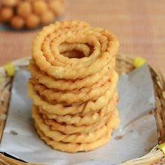 Kai murukku recipe - crispy snack made with rice flour and urad dal