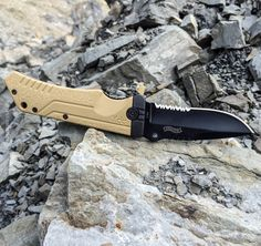Walther PPX folding knife - dark earth/black Find our speedloader now!  http://www.amazon.com/shops/raeind