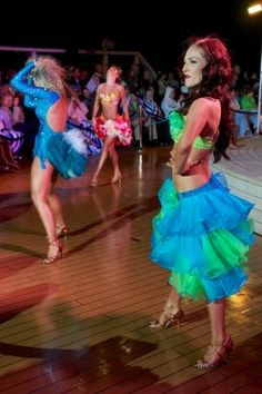 Sharna Burgess, Fashion Show – Dancing with the Stars: At Sea Production and Fashion Shows Energize Holland America Line's Nieuw Amsterdam | Popular Cruising  (Image Copyright © Jason Leppert)