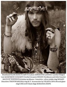 Gypsy Men - Part I You may call them hobos, hippies, outlaws or whatever, but gypsy men have always fascinated women all around the world, for centuries. Bohemian Style Men, Hippie Style Clothing, Hippie Bohemian, Boho Gypsy, Boho Man, Hippy Style, Gypsy Clothing, Hippie Party, Hippie Man