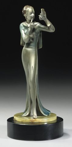 LORENZL | THE COMPACT A COLD-PAINTED BRONZE FIGURE, CIRCA 1925