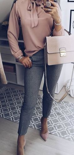 gray denim skinny jeans #spring #outfits