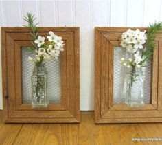 Wall Vases From Repurposed Spice Jars, Chicken Wire and Wood Frames Picture Frame Crafts, Old Picture Frames, Decorating With Picture Frames, Picture Wall, Hanging Picture Frames, Flower Wall, Flower Vases, Wall Flowers, Decoration St Valentin