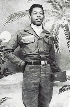 May 31, 1961, Jimi Hendrix became Pvt James Hendrix. Police caught Hendrix riding in stolen cars twice & was given a choice of prison or  the Army. He enlisted.  Did Basic at Fort Ord, California, then went to the 101st Airborne at Ft. Campbell, Kentucky.   In Nov. 1961, serviceman Billy Cox  and heard Hendrix playing guitar in a service club. Cox, intrigued by the the proficient playing,  immediately checked-out a bass guitar and the two began to jam.