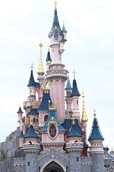 Disneyland Paris ♥ Spring season - Castle of the sleeping beauty