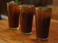 How to make Kala Khatta Jaljeera?-A delicious combination of kala khatta and jaljeera. Refreshing Drinks, Summer Drinks, Fun Drinks, Healthy Drinks, Summer Food, Beverages, Juice Drinks, Fruit Juice, Cold Drinks