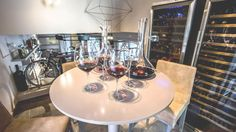 rooms & wine bar la morra, piemont, italien (famclaudia)