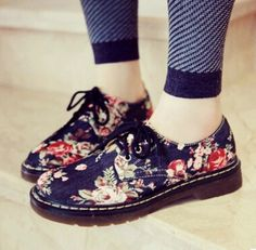 Leather Lace up Autumn and Winter Shoes for Women