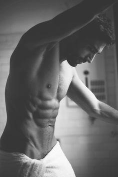 Follow Hunk'o'pedia for more hot guys! | Follow my personal blog