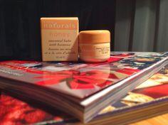 Loe Avon Lady arvamust naturals palsamist vs oriflame palsamist: http://avonitooted.blogspot.com/2013/11/avon-naturals-palsam-vs-oriflame-tender.html