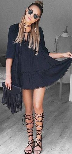 #summer #trending #outfitideas | Black Boho Tunic Dress + Fringe Bag